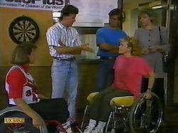 Deb, Coach, Mike Young, Jenny Owens, Beverly Robinson in Neighbours Episode 0935