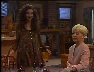 Gaby Willis, Rosemary Daniels in Neighbours Episode 2197