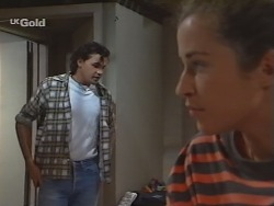 Sam Kratz, Bianca Zanotti in Neighbours Episode 2296