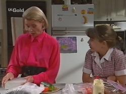 Helen Daniels, Hannah Martin in Neighbours Episode 2297