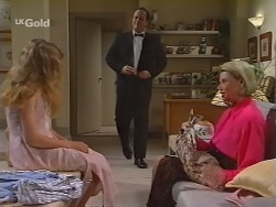 Hannah Martin, Philip Martin, Helen Daniels in Neighbours Episode 2298