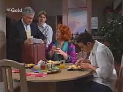 Lou Carpenter, Brett Stark, Cheryl Stark, Stonie Rebecchi in Neighbours Episode 2298