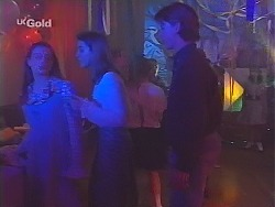 Hannah Martin, Nicole Cahill, Billy Kennedy in Neighbours Episode 2298