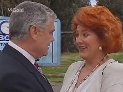 Lou Carpenter, Cheryl Stark in Neighbours Episode 2300