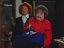 Cheryl Stark, Marlene Kratz in Neighbours Episode 2300