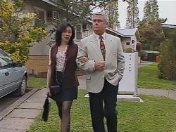 Ling-Mai Chan, Lou Carpenter in Neighbours Episode 2301