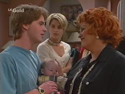 Brett Stark, Louise Carpenter (Lolly), Danni Stark, Cheryl Stark in Neighbours Episode 2301