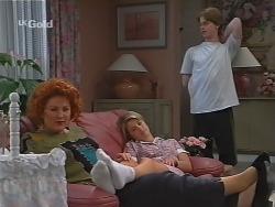 Cheryl Stark, Danni Stark, Brett Stark in Neighbours Episode 2301