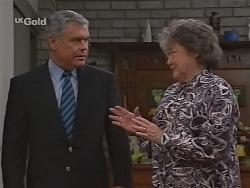 Lou Carpenter, Marlene Kratz in Neighbours Episode 2303