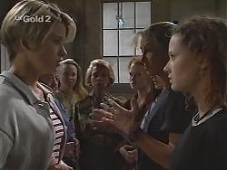 Danni Stark, Libby Kennedy, Helen Daniels, Ren Gottlieb, Sarah Ashmore, Cody Willis in Neighbours Episode 2305