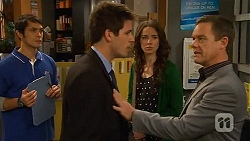 Aidan Foster, Chris Pappas, Kate Ramsay, Paul Robinson in Neighbours Episode 6475