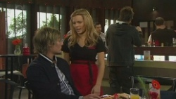 Andrew Robinson, Natasha Williams, Ed Lee in Neighbours Episode 6476