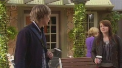 Andrew Robinson, Summer Hoyland in Neighbours Episode 6476