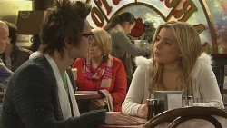 Ed Lee, Natasha Williams in Neighbours Episode 6477