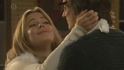 Natasha Williams, Ed Lee in Neighbours Episode 6477