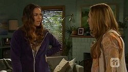 Jade Mitchell, Sonya Rebecchi in Neighbours Episode 6478