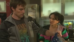 Rhys Lawson, Vanessa Villante in Neighbours Episode 6479