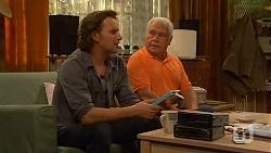 Lucas Fitzgerald, Lou Carpenter in Neighbours Episode 6481
