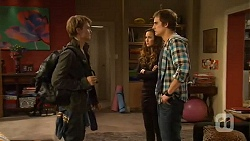 Harley Canning, Jade Mitchell, Kyle Canning in Neighbours Episode 6481