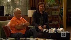 Lou Carpenter, Lucas Fitzgerald in Neighbours Episode 6481