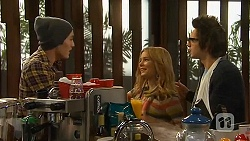 Jack Dutton, Natasha Williams, Ed Lee in Neighbours Episode 6482