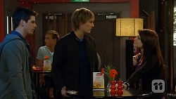 Chris Pappas, Andrew Robinson, Summer Hoyland in Neighbours Episode 6483