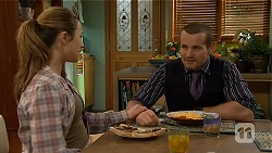 Sonya Mitchell, Toadie Rebecchi in Neighbours Episode 6484