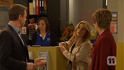 Paul Robinson, Natasha Williams, Susan Kennedy in Neighbours Episode 6484