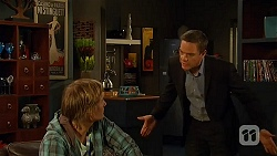 Andrew Robinson, Paul Robinson in Neighbours Episode 6484