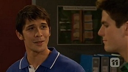 Aidan Foster, Chris Pappas in Neighbours Episode 6485