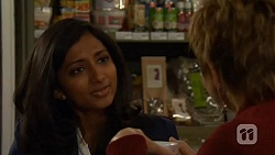 Priya Kapoor, Susan Kennedy in Neighbours Episode 6485