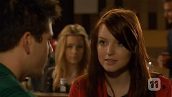 Chris Pappas, Natasha Williams, Summer Hoyland in Neighbours Episode 6485