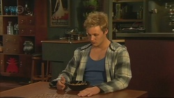 Andrew Robinson in Neighbours Episode 6486
