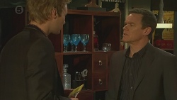 Andrew Robinson, Paul Robinson in Neighbours Episode 6486