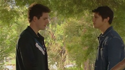 Chris Pappas, Aidan Foster in Neighbours Episode 6486