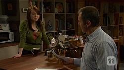 Summer Hoyland, Karl Kennedy in Neighbours Episode 6488