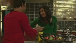 Ajay Kapoor, Priya Kapoor in Neighbours Episode 6489