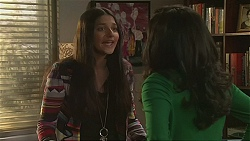 Rani Kapoor, Priya Kapoor in Neighbours Episode 6489