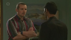 Toadie Rebecchi, Ajay Kapoor in Neighbours Episode 6489