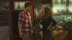 Kyle Canning, Jade Mitchell in Neighbours Episode 6489