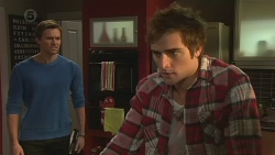 Rhys Lawson, Kyle Canning in Neighbours Episode 6489