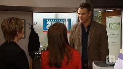 Susan Kennedy, Summer Hoyland, Bradley Fox in Neighbours Episode 6492