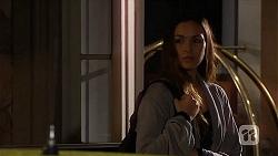 Jade Mitchell in Neighbours Episode 6495
