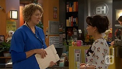 Jessica Girwood, Vanessa Villante in Neighbours Episode 6498