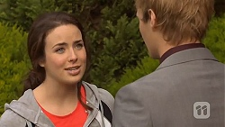 Kate Ramsay, Andrew Robinson in Neighbours Episode 6500