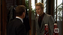 Paul Robinson, Andrew Robinson in Neighbours Episode 6500