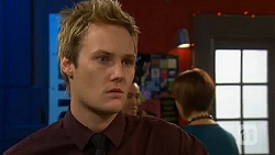 Andrew Robinson in Neighbours Episode 6500