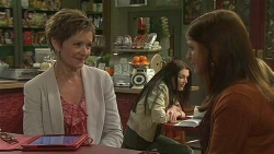 Susan Kennedy, Summer Hoyland in Neighbours Episode 6502