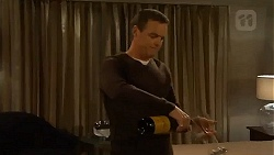 Paul Robinson in Neighbours Episode 6503