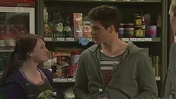Summer Hoyland, Chris Pappas in Neighbours Episode 6506
